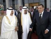 مبارك يدخل في حالة بكاء هستيري بعد علمه بنبأ وفاة الملك عبدالله