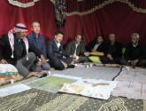 أبو عين: سنقف لجانب التجمعات البدوية ولن نسمح بإزالة عامود خيمة واحد