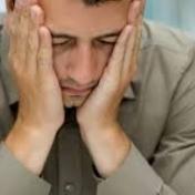 دراسة تعلن مفاجأة.. المزاج السيء أفضل للعمل !