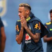 """قلق برازيلي بعد خروج نيمار مبكرًا من تدريبات """"السامبا"""""""