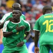 السنغال تفوز على بولندا بهدفين لهدف