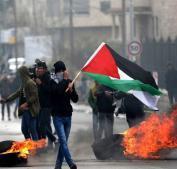 إصابات بالاختناق جراء قمع الاحتلال مسيرة كفر قدوم الأسبوعية