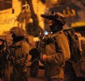 جيش الاحتلال يعتقل 12 مواطنا من الضفة