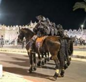 عشرات الإصابات خلال مواجهات مع الاحتلال في البلدة القديمة بالقدس
