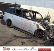 بالصور ... مجهولون يحرقون سيارتين في بلدة بيت لقيا  .. والشرطة لوطن :  التحقيقات جارية