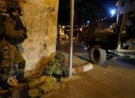 الاحتلال يعتقل والد شهيد وطفل