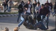 إصابة شاب بالرصاص الحي في بطنه خلال مواجهات بقرية النبي صالح