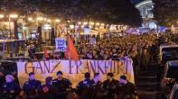 """ألمان يتظاهرون احتجاجا ضد فوز حزب """"البديل لألمانيا"""" ويهتفون """"لا للنازيين"""""""