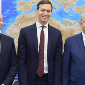 بعد زيارتهما الاردن ومصر.. كوشنير وغرينبلات يلتقيان نتنياهو في القدس المحتلة