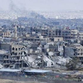 مسلحو داعش والنصرة نبشوا القبور في مخيم اليرموك بحثا عن رفات لجنود الاحتلال