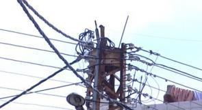 """خاص لـ""""وطن"""": بالفيديو.. الخليل: من المسؤول عن انقطاع الكهرباء المتكرر عن بيت عوا؟"""