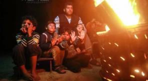 """""""موقد النار"""" .. غزة تقاوم برد الشتاء"""