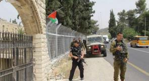 خلافاً لقرار المحكمة.. الاحتلال يطرد عائلة سمارة من منازلها جنوب بيت لحم