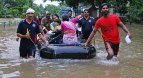 ارتفاع ضحايا فيضانات الهند إلى 324 قتيلاً