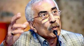 وفاة الكاتب خيري منصور
