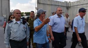 ليبرمان يتجه إلى إغلاق معبر كرم أبو سالم