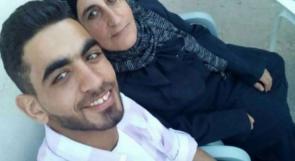 الاحتلال يحرم الأسرى من التقاط صور تذكارية مع أهاليهم خلال الزيارة