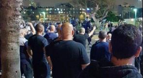 يافا: شرطة الاحتلال ومستوطنون يعتدون على الأهالي في حي العجمي