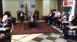 Price Waterhouse Coopers تتبرع عبر الهلال الأحمر بقيمة 100 ألف دولار لدعم المجتمع الفلسطيني
