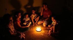 قصف الاحتلال يتسبب بقطع الكهرباء عن أجزاء واسعة من غزة
