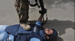 نقابة الصحفيين تطالب بإخلاء مقرها بغزة وإعادة فتح المؤسسات الإعلامية