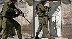 جنين: الاحتلال يعتقل شابا بعد مداهمة منزله