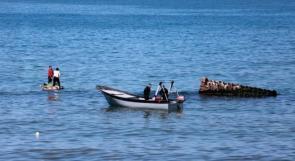 داخلية غزة سلمت مصر 6 صيادين تحطم قاربهم قبالة شواطئ القطاع