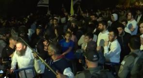 اصابات بحروق واختناق في هجوم المستوطنين على منازل المواطنين في يافا