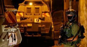 قوات الاحتلال تغلق مدخل بيت فجار