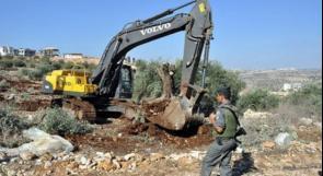 تجريف 10 دونمات من أراضي كيسان لصالح مستوطنة