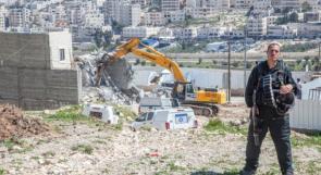 الاحتلال يخطر بهدم ووقف البناء في منشآت بواد رحال جنوب بيت لحم