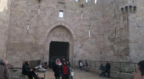 الفلسطينيون واليهود في القدس يفضلون عدم خروج أبنائهم