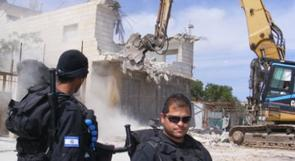 جرافات الاحتلال تهدم منزلا في القدس