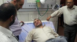 بالصور... إصابة وزير الأسرى السابق وصفي قبها فور خروجه من السجن