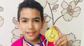 طفل من مخيم اليرموك ينال لقب أفضل لاعب في السليمانية بالعراق