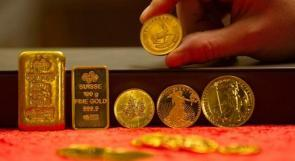 صعود الذهب وتراجع الدولار وسط توترات الخليج والحرب التجارية