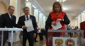 الروس يدلون بأصواتهم في انتخابات الرئاسة