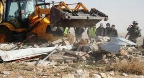أمامهم مهلة 96 ساعة للإخلاء .. الجبور لوطن: الاحتلال يخطر بهدم 13 منزلا في يطا جنوب الخليل
