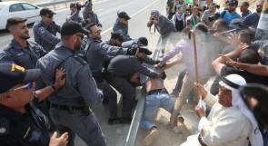 اعتداء الاحتلال على المتظاهرين بالفلفل والغاز في الخان الأحمر