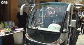 حافلات لنقل المواطنين مجاناً إلى البلدة القديمة في الخليل