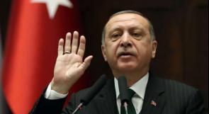 أردوغان يقيل 18 ألف موظف رسمي بموجب مرسوم