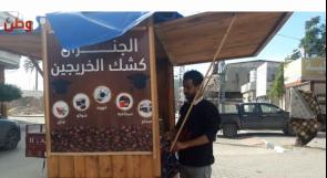 """""""الشهادة بتطعميش خبز""""... خريجو جامعات غزة على البسطات"""