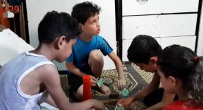 سبعة أطفال في غرفة واحدة... يناشدون عبر وطن بتحسين ظروف معيشتهم