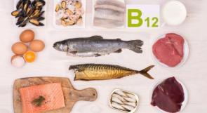 3 علامات خفية لنقص فيتامين حيوي في الجسم!