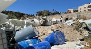 الاحتلال يجرّف 100 شجرة ويهدم اسطبلاً للخيول في القدس المحتلة