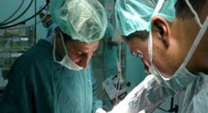 أطباء غزة الأوروبي ينجحون لأول مرة في فتح الشريان السباتي بجراحة حديثة