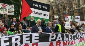 فيديو وصور  مظاهرة في بريطانيا احتجاجاً على زيارة نتنياهو وتذكيراً بالنكسة