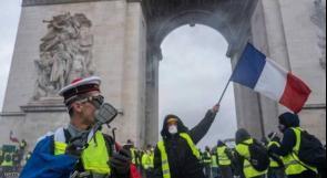 فرنسا تخضع للمتظاهرين نهائيا