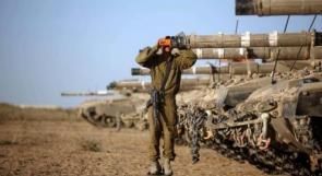 """""""هآرتس"""": نشر الجيش صوراً لآلياته على حدود غزة محاولة للردع"""