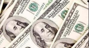 تراجع الدولار يصعد بالذهب عقب نشر محضر الفيدرالي الأمريكي